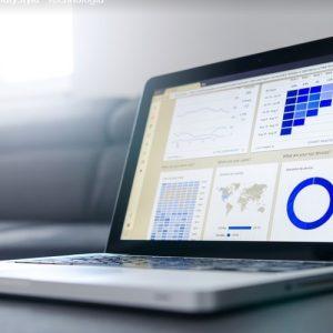 Czym jest oprogramowanie KQS i jakie są korzyści z jego zastosowania?